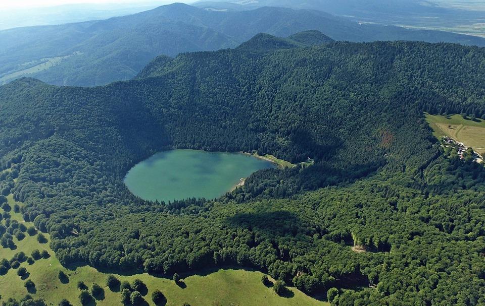 A Csomád-hegység, Szent Anna-tó