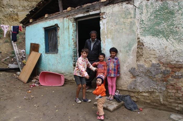 A Románia cigányok többségét a mélyszegénység jellemzi
